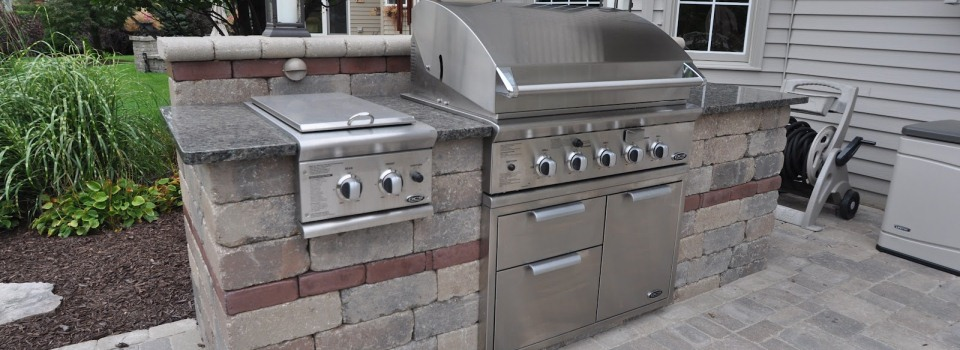 grill-outdoor-kitchen-landscaping-paver-carmel-landscaper