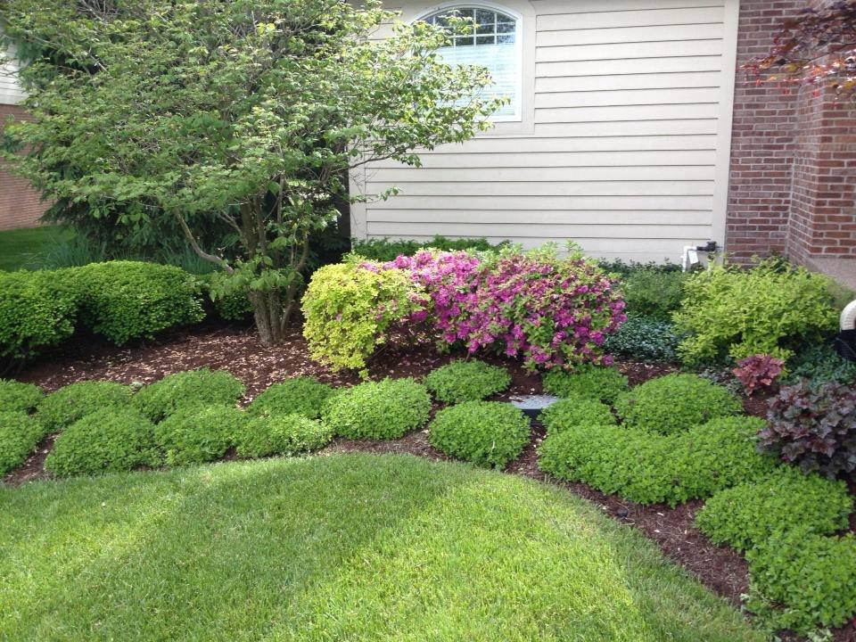 carmel-landscaper-mulch-fertilization-lawn-mowing-service-fishers-noblesville
